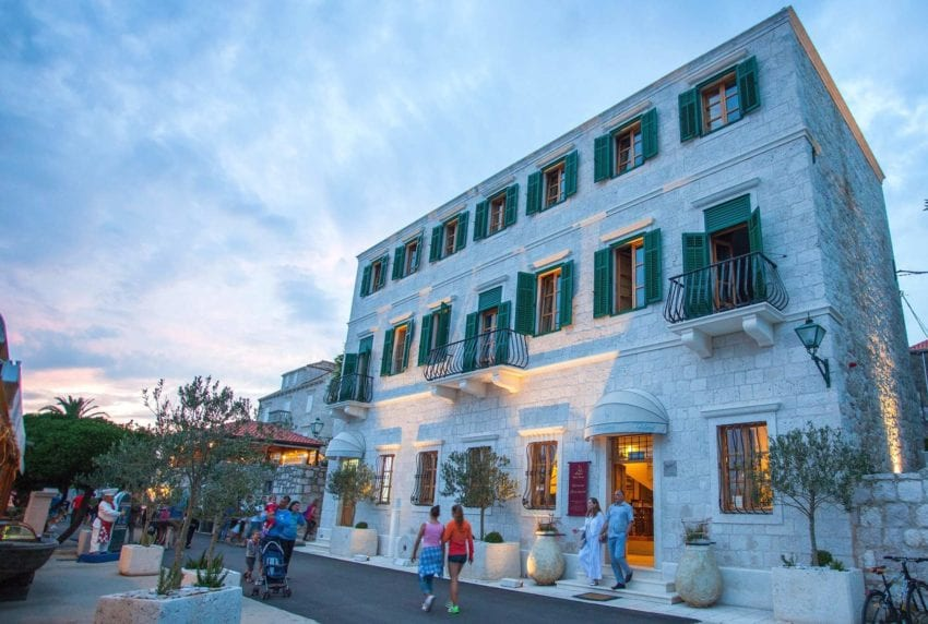 Boutique hotel adriatic jewel in the heart of orebi for Boutique hotel korcula